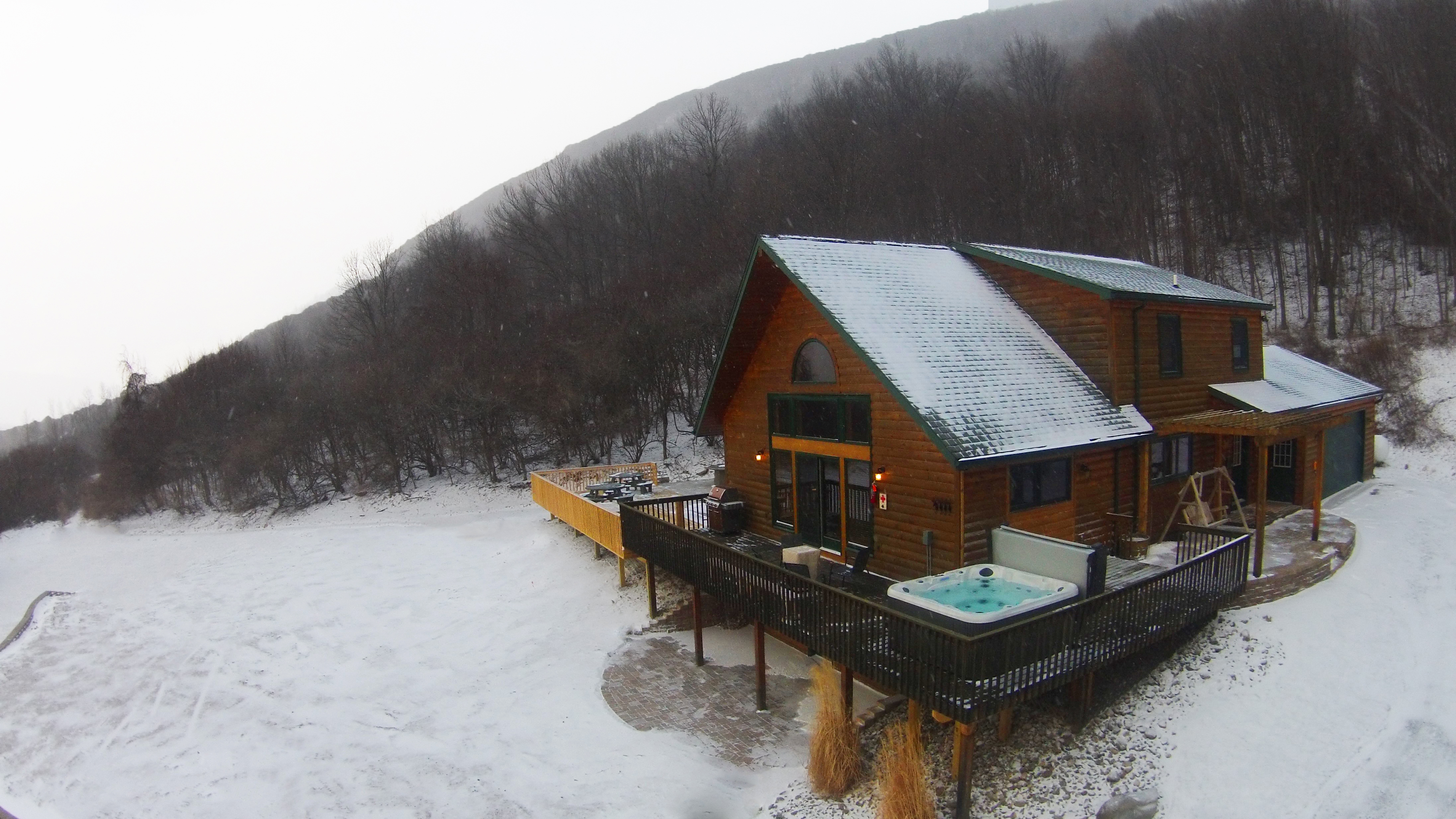 winter-exterior-mountain-side-lodge